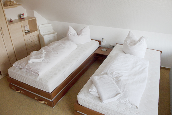 Schlafzimmer-b1